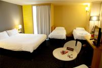 Hotel-ibis-styles-nantes-chambre-famille---2